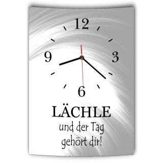 LAUTLOSE Designer Wanduhr mit Spruch Lächle und der Tag gehört dir grau weiß modern Dekoschild Schild Deko Bild 41 x 28cm Abstrakt